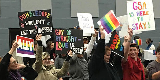 from Yahir gay bars tenn