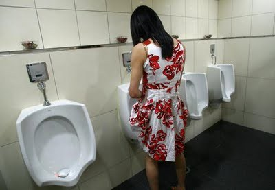 Without Dress Women In Bathroom With Men 24
